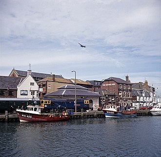 Weymouth Harbour Tramway - Image: D6535 and Concorde at Weymouth Quay