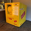 DHL Paketbox in Hannover.jpg