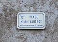 Dampierre - Place Michel Vautrot (plaque).JPG