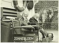 De Zonnebloem. Boottocht, NL-HlmNHA 5400464716.JPG