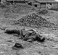 Dead soldier (American Civil War - Siege of Petersburg, April 1 1865).jpg