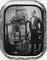 Deutscher Photograph um 1855 - Herr mit Dampfmaschine (Zeno Fotografie).jpg