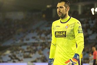 Diego López (footballer, born 1981) - López playing for Espanyol in 2017