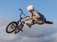 Dirt jump IMG 7609.jpg