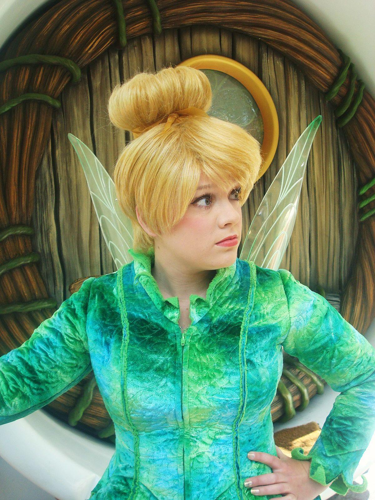 Amazon.com: Disney Parks Pixie Hollow Fairies Collectible 7 Piece ... | 1600x1200