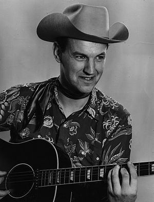 Donn Reynolds - Image: Donn Reynolds publicity photo with guitar