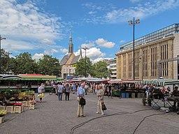 Dortmund, markt op de Hansaplatz foto2 2012 08 04 12.08