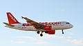 Easyjet A319 G-EZBP (4185007279).jpg
