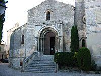 Eglise Saint Vincent des Baux.jpg