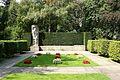 Ehrengrabstätte für Opfer des 17. Juni 1953, Urnenfriedhof Seestraße (2).jpg