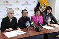 """El Grupo """"Plataforma Nacional por los Derechos de las Mujeres"""" y la asambleísta nacional Cecilia Jaramillo, alterna de Jorge Escala (MPD) en rueda de prensa (6816013544).jpg"""