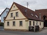 Erlach Bauernhaus 3280022.jpg