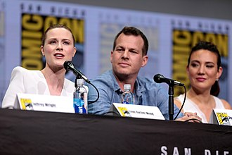 Jonathan Nolan - Nolan (middle) with Evan Rachel Wood (left) and Lisa Joy (right) at the 2017 San Diego Comic-Con promoting Westworld