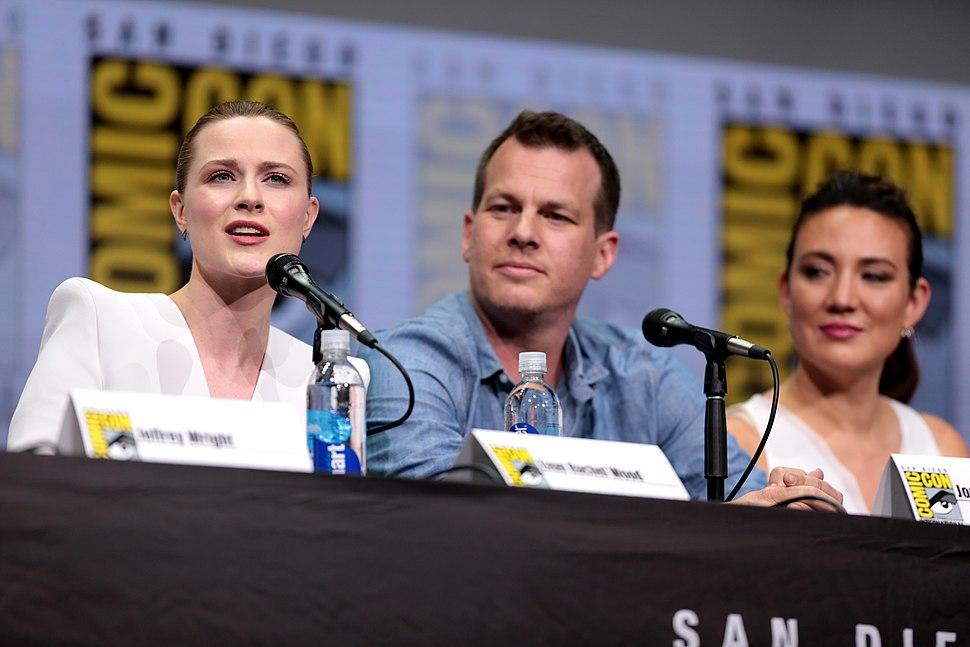 Evan Rachel Wood, Jonathan Nolan & Lisa Joy (35419191223)