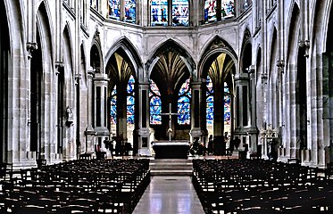 F3300 Paris V eglise Saint-Severin nef rwk.jpg