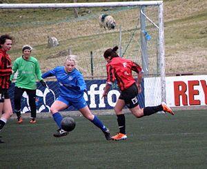 1. deild kvinnur - FC Suðuroy vs. HB Tórshavn in April 2012.