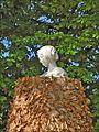 Femme, y es-tu ? (Jardins du Luxembourg, Paris) (6919434138).jpg