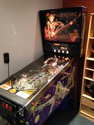 The Machine: Bride of Pin-Bot - The Machines cabinet