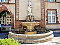 Fontaine, place Foch.jpg