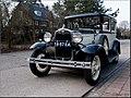 Ford V8 - 1 (5581436789).jpg
