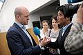 Fredrik Reinfeldt, statsminister Sverige, intervjuas av NRK pa Nordiskt globaliseringsforum 2010.jpg
