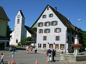 Frenkendorf - Frenkendorf village center, with the church and the Central Restaurant