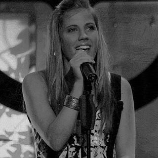 Frida Sandén Swedish singer (born 1994)