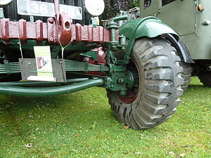 Kingpin (automotive part) - Scammell Pioneer heavy off-road truck