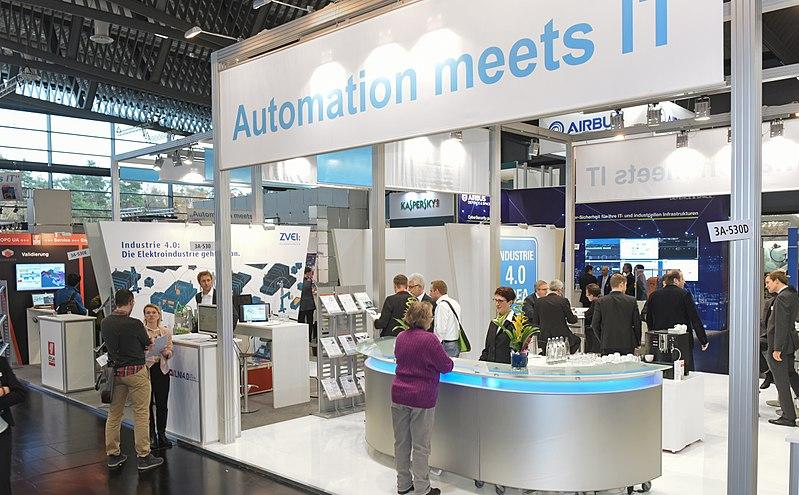 """File:Gemeinschaftsstand """"Automation meets IT"""".jpg"""