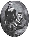 Gertrude and Agnes Ginn of Blundells Cottage.jpg