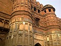 Giant Entrance, Agra Fort, India. - panoramio.jpg