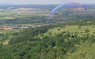 Hesselberg - Paragliders on the mountain