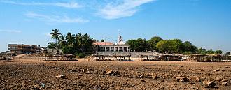 Bhavnagar district - Gopnath Mandir at Gopnath Beach