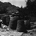 Gospodarstwo tadżyckie – część przeznaczona na składowanie zapasów w koszach kandu - Marg – przysiółek Tala-o-Barfak - 001384n.jpg