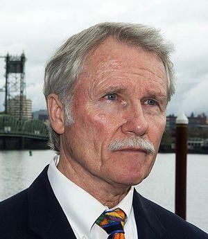 John Kitzhaber - Image: Governor Kitzhaber
