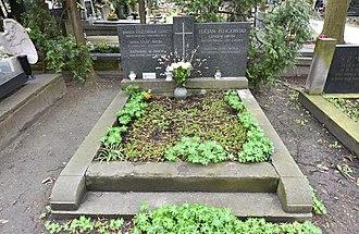 Lucjan Żeligowski - Żeligowski's grave at Powązki Military Cemetery