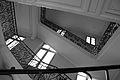 Grand escalier du Collège Emile Verhaeren.jpg