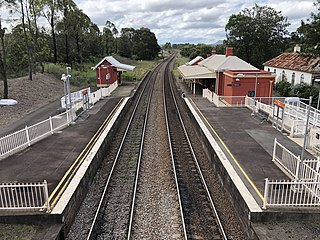 Greta railway station