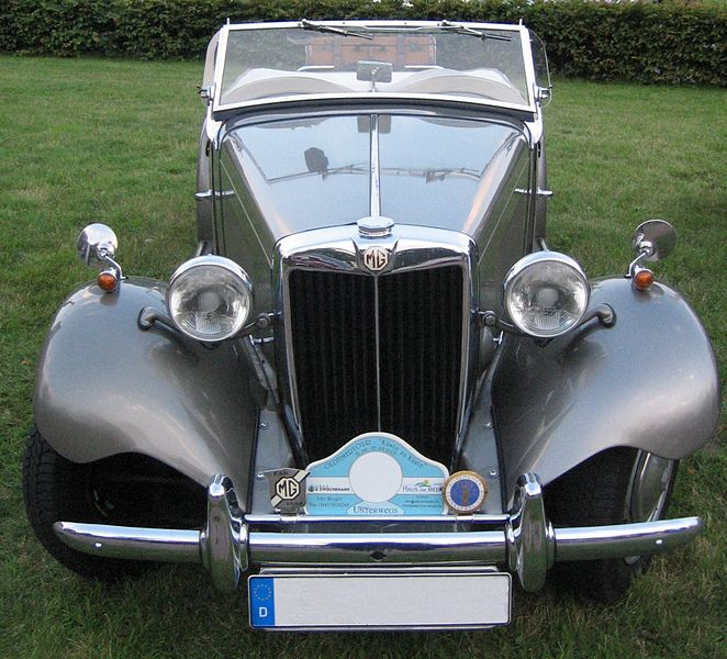 Bestand:Grey MG - front.jpg