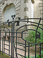 Grille dun immeuble jugendstil à Metz (4959205235).jpg