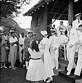 Het koninklijk paar bij het bezoek aan Barber, Bestanddeelnr 252-3747.jpg