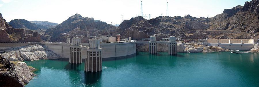 Vista panorâmica da represa Hoover desde o lado da Arizona
