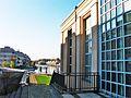 Humboldt-Bibliothek und Tegeler Hafenbebauung.jpg