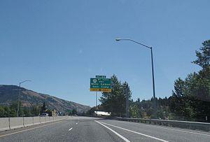 Interstate 84 in Oregon - I-84 near Hood River, Oregon
