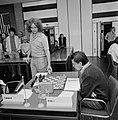 IBM schaaktoernooi, 4e ronde Ribli (l) tegen Timman, Bestanddeelnr 929-8215.jpg