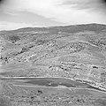 In de omgeving van Jericho. Uitzicht over het dal van de Jabbok rivier, Bestanddeelnr 255-5675.jpg
