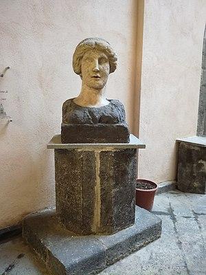 San Giovanni a Mare, Naples - Donna Marianna bust.