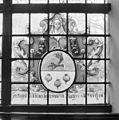 Interieur, gedeelte van gebrandschilderd raam - Bloemendaal - 20400102 - RCE.jpg