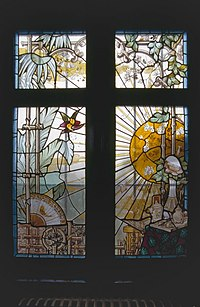Interieur, glas in loodramen met oosterse motieven, herenhuis - Oosterhout - 20358831 - RCE.jpg