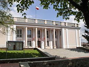 Busko-Zdrój - Image: JKRUK 20070501 Busko Starostwo